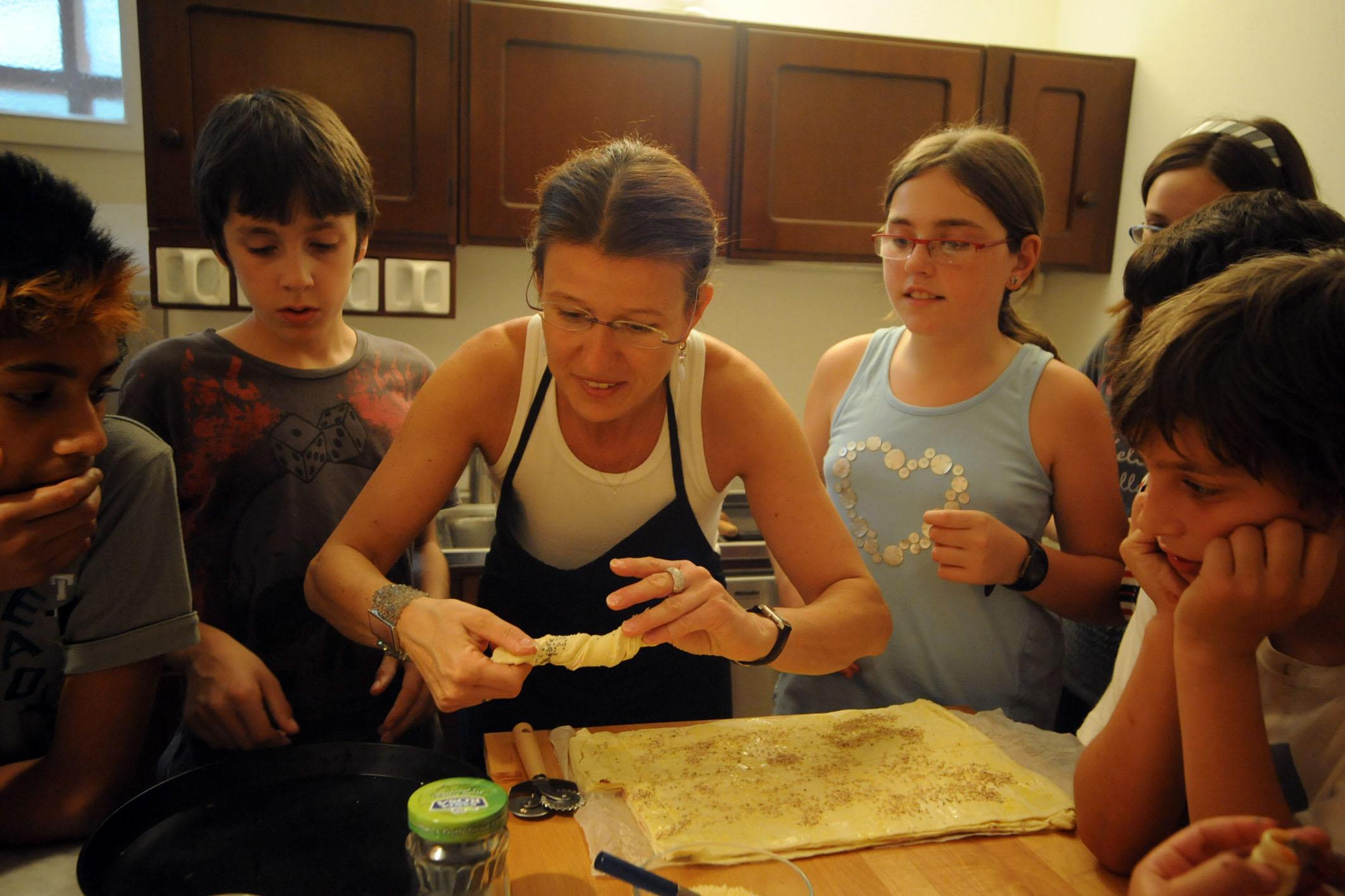 MILANO SEGRETA: A SCUOLA DI CUCINA IN VILLA! kitchen classes in ...